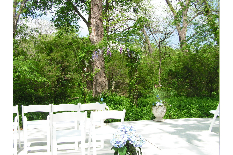wedding backyard patio